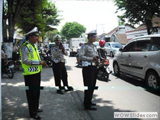 Polisi1